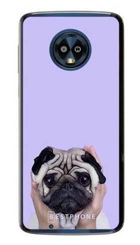 Etui mops na fioletowym tle na Motorola Moto G6