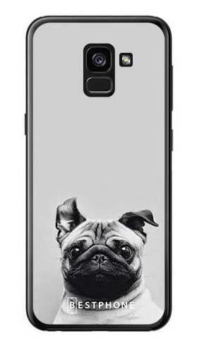 Etui mops na szarym tle na Samsung Galaxy A7 2018
